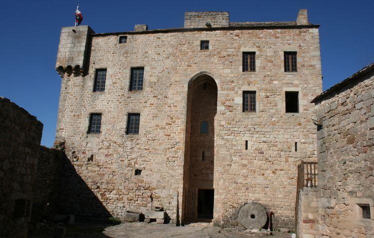 .........C'est un château magnifiquement restauré !!.....