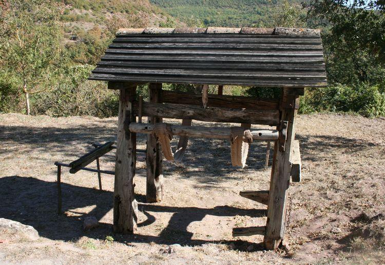 """""""Atelier"""" où l'on ferrait les chevaux...."""