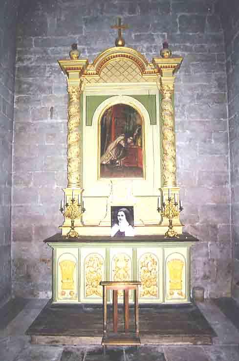 Voici quelques photos des chapelles . ....