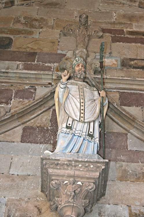 .....Statue de Saint-Sernin......