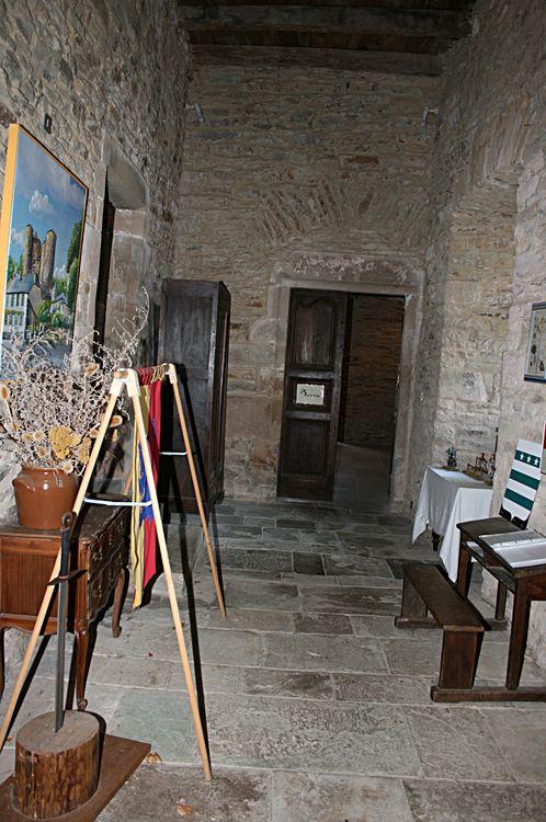 """.....Le Hall d'entré de la visite donnant accès à la """"Cuisine""""......"""