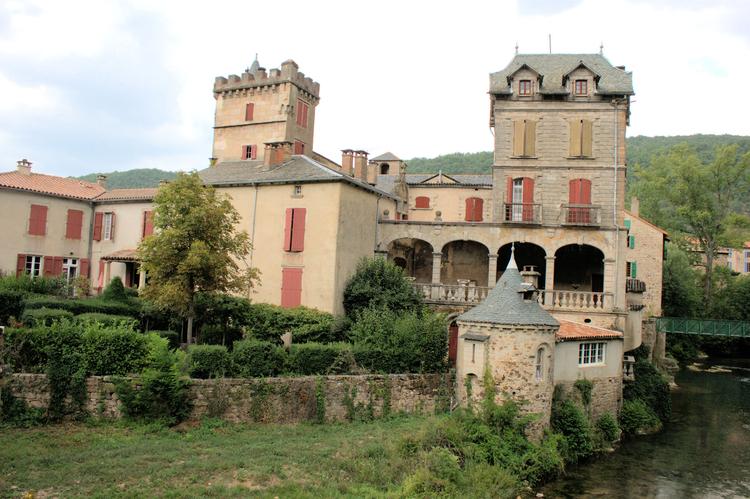 ........Un endroit des plus magnifique de la vallée de la Sorgues ....