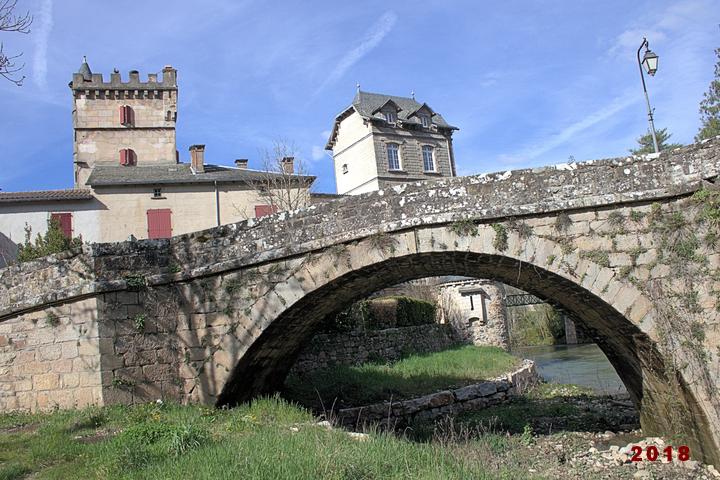 """""""La maison"""" vue du pont"""